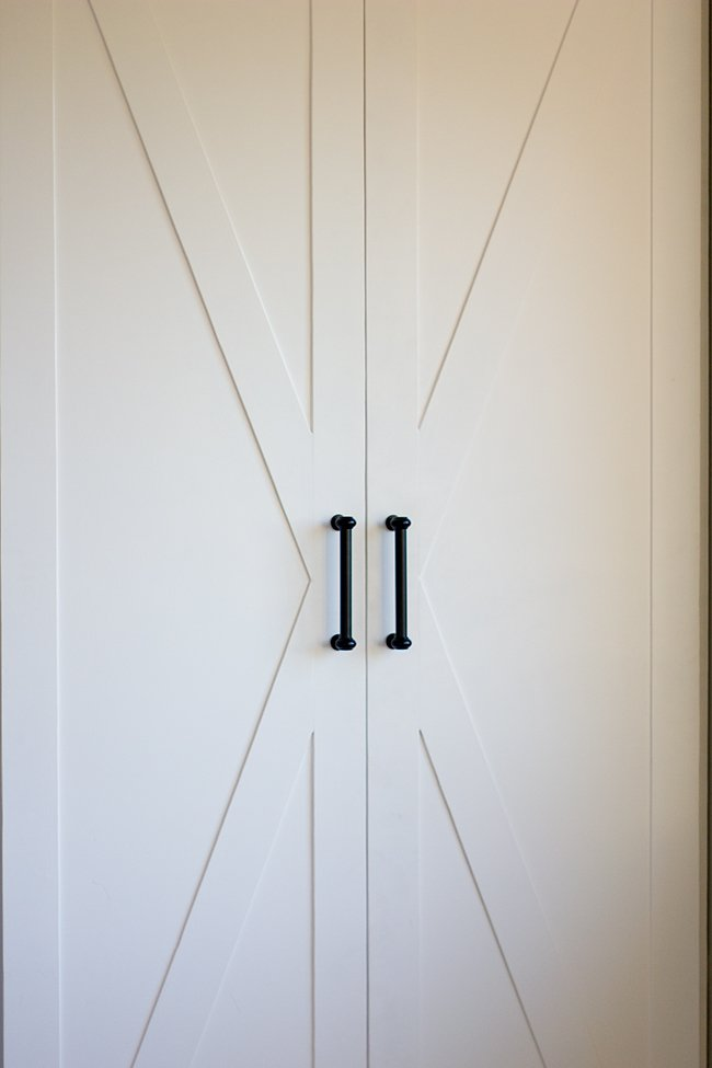 Molto Master Makeover: Ikea Pax Door Hack | Jenna Sue Design Blog IZ32