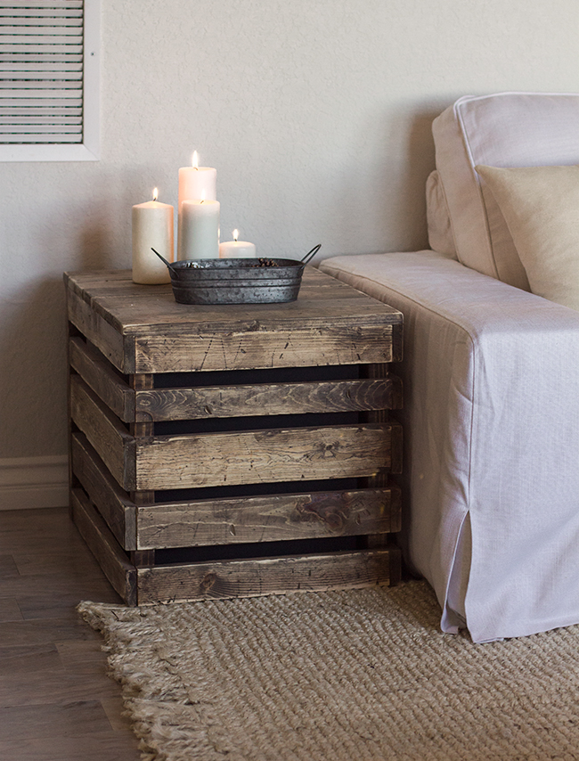 14 pallet furniture designs you 39 ll want in your home for Pallet furniture blogspot com