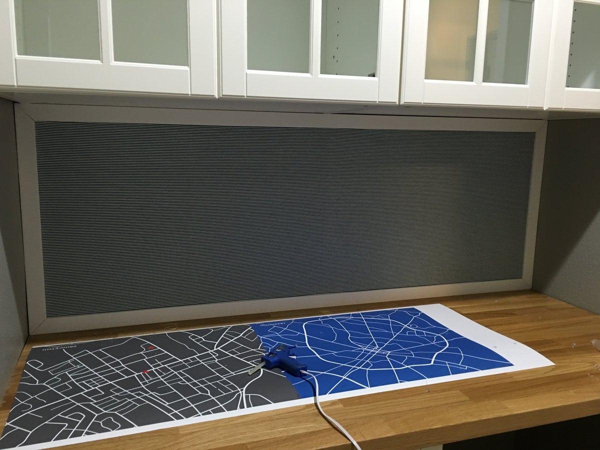 Easy DIY Fabric bulletin board