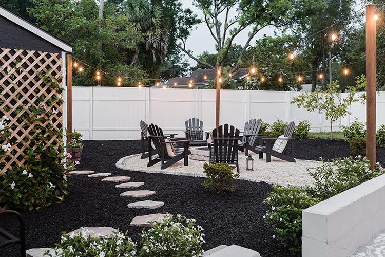 backyard black mulch