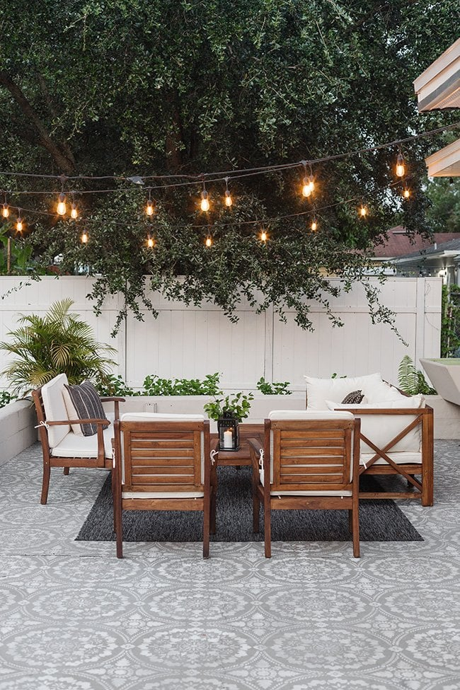 string light patio